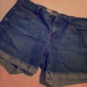 Old navy sweetheart jean shorts size 2